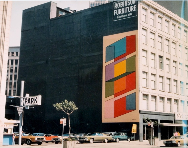 ... Known As The Robinson Furniture Building) In 1973. It Is Executed Over  The Course Of One Week By Two Sign Painters From The Le Mans Sign Company  Under ...
